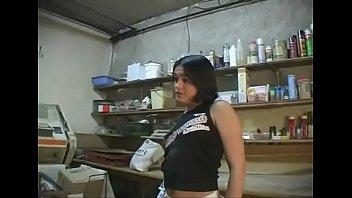 Длинноволосая первокурсница отдалась агенту в шмоньку в позе раком по окончании собеседования