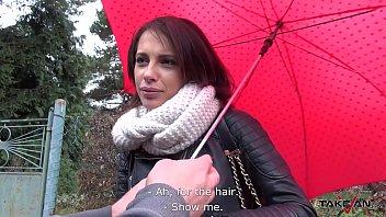 Katya clover полизала рыжей телке, дабы получить в награду дрочку